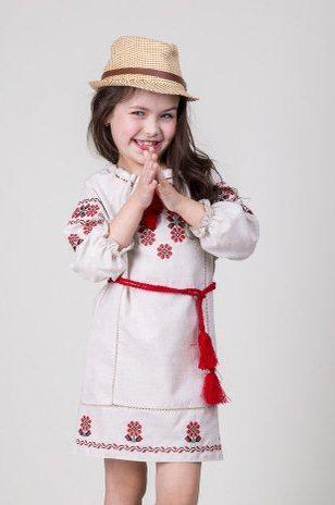 5446c2ac756acc9 Льняное вышитое платье на девочку с красным орнаментом от оптово ...