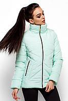 Модная короткая зимняя куртка