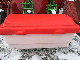 Апарат туковысевающий (банку туковая) пластик УПС-8