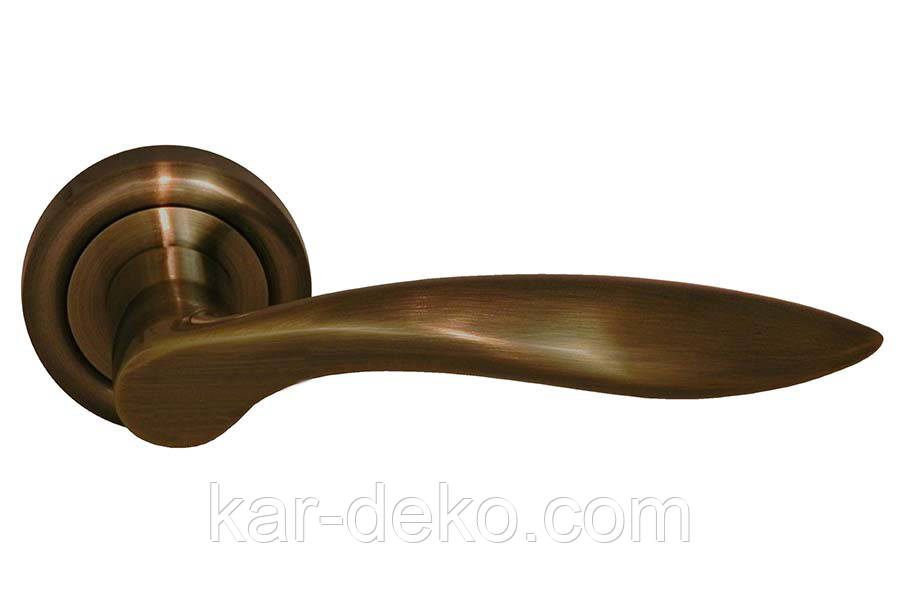 Ручка дверная на розетке AL-0027(AB)