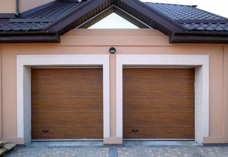 Заказываем надежные гаражные ворота
