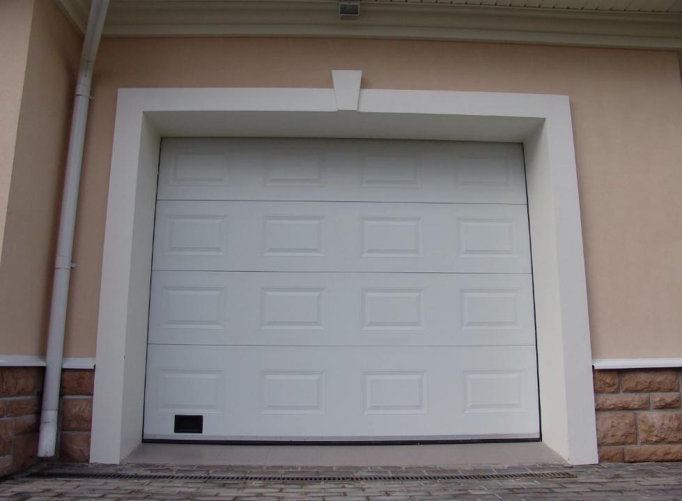 Гаражные ворота DoorHan 2100*2400