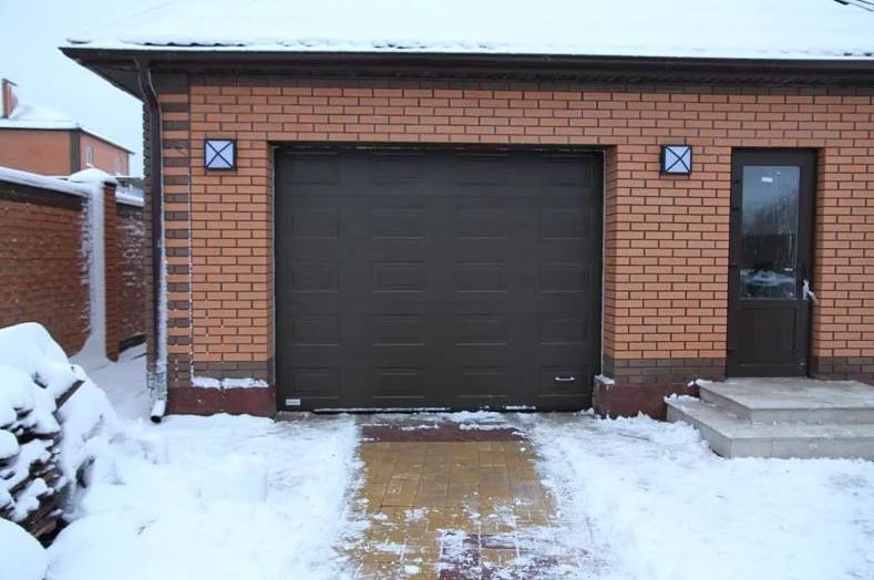 Гаражные ворота DoorHan 2100*2500