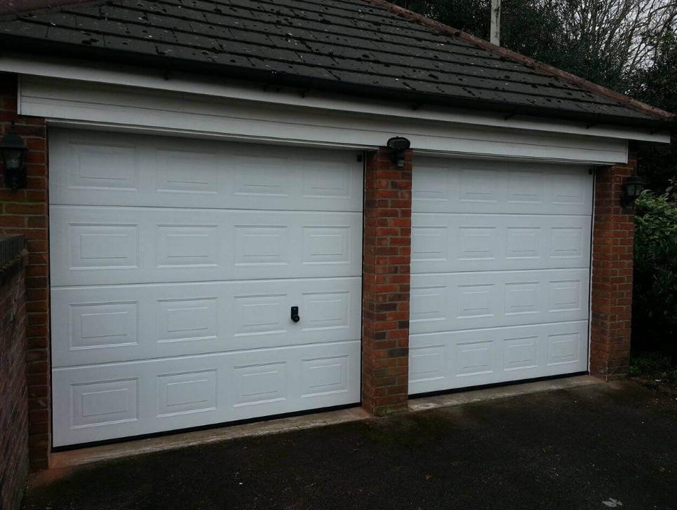 Ворота для гаража секционные DoorHan 2300*2100