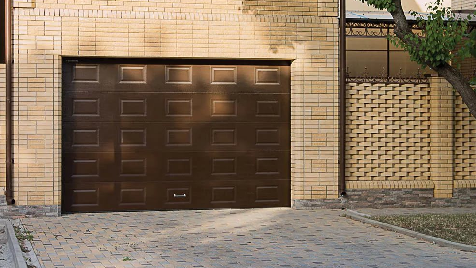 Гаражні ворота DoorHan 2400*2000