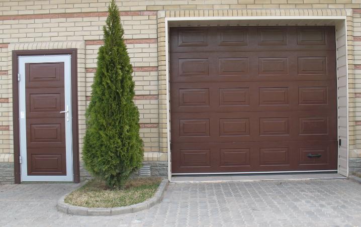 Ворота гаражні DoorHan 6000*2400