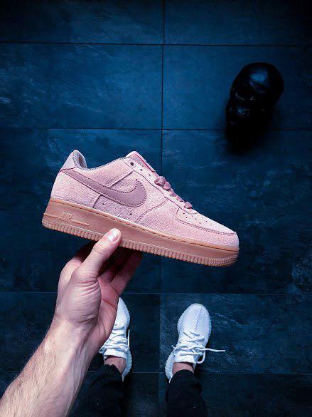 75edb7b5 Женские кроссовки Nike Wmns Air Force 1 '07 SE Particle Pink - Магазин Nike-