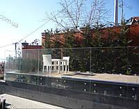 Стеклянное ограждение балкона,террасы, перила из стекла на заказ