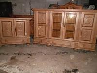Комплект мебели для библиотеки.