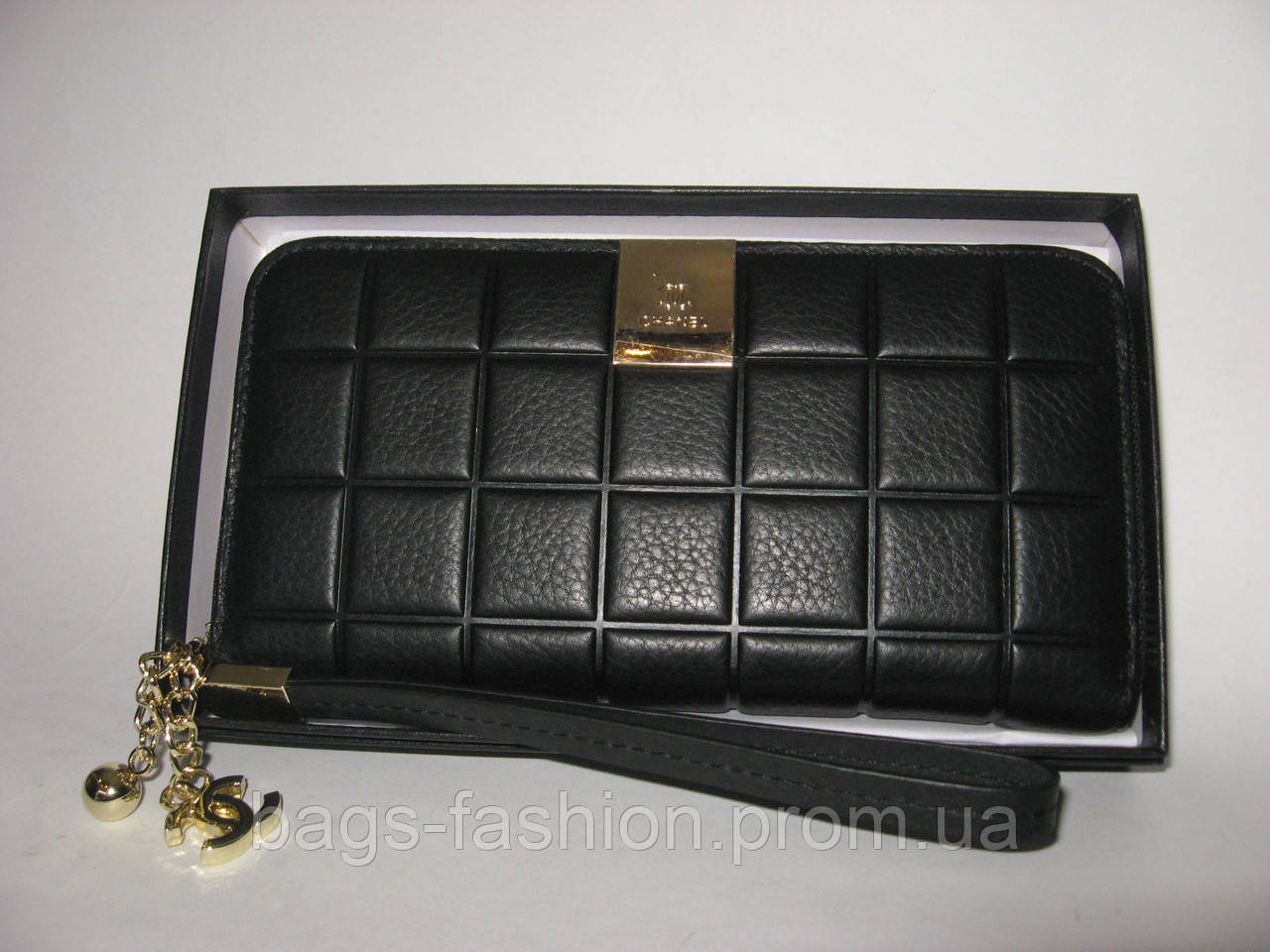 0720f0e2dea8 кошелек Chanel на змейке натуральная кожа реплика цена 750 грн