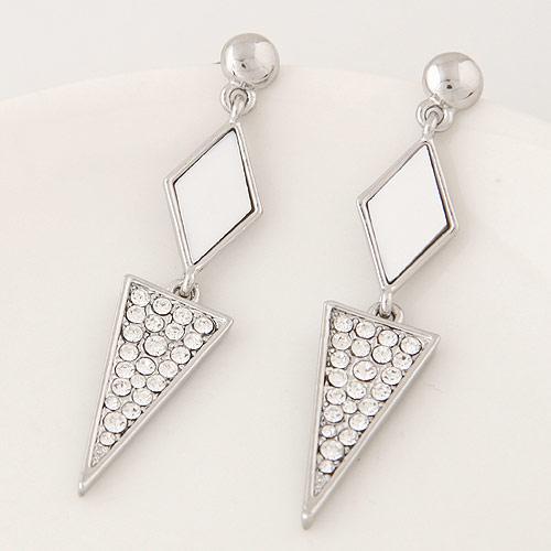 Длинные сережки Ромб белый и треугольник под серебро S005509