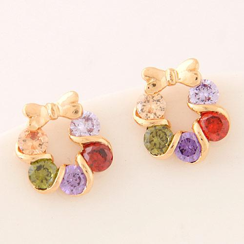 Серьги гвоздики Веночек с цветными камнями под золото S005545