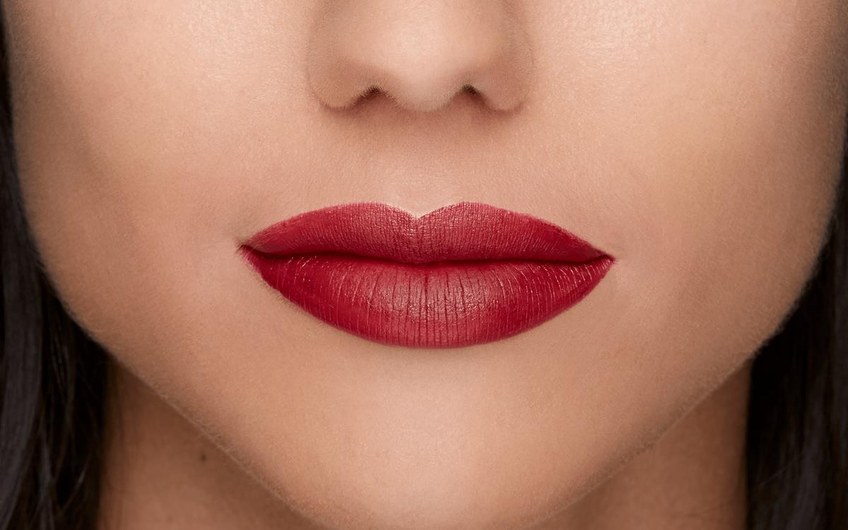 Губная помада TOO FACED Peach Kiss Moisture Matte Lipstick цвет Stop Traffic