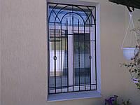 Решетка с ковкой на окно