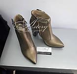Модные бронзовые ботильоны из кожи и питона на тостом каблуке, фото 2