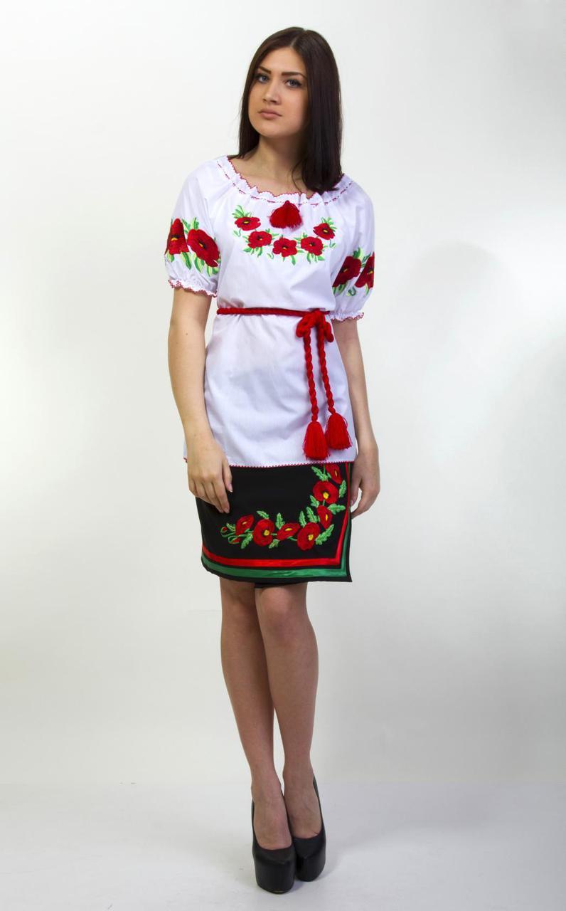 Красивая женская вышиванка с коротким рукавом