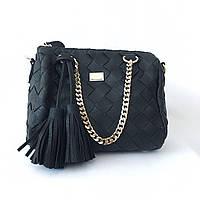 Кожаная классическая черная сумка на средних ручках с бахромой