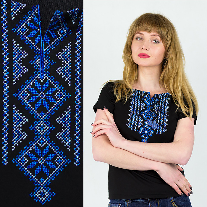Классическая трикотажная футболка вышитая синий орнаментом