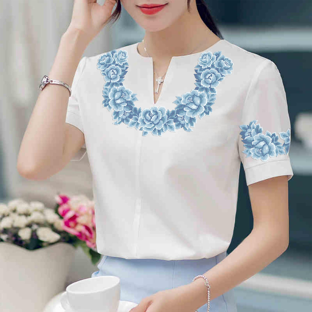 Заготовка вишиванки жіночої сорочки та блузи для вишивки бісером Бисерок «Монохромна фантазія» (Б-113 )