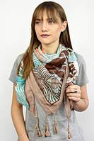 Женский платок с нежным цветочным принтом