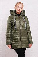 Демисезонная куртка из плащевой водоотталкивающей ткани.