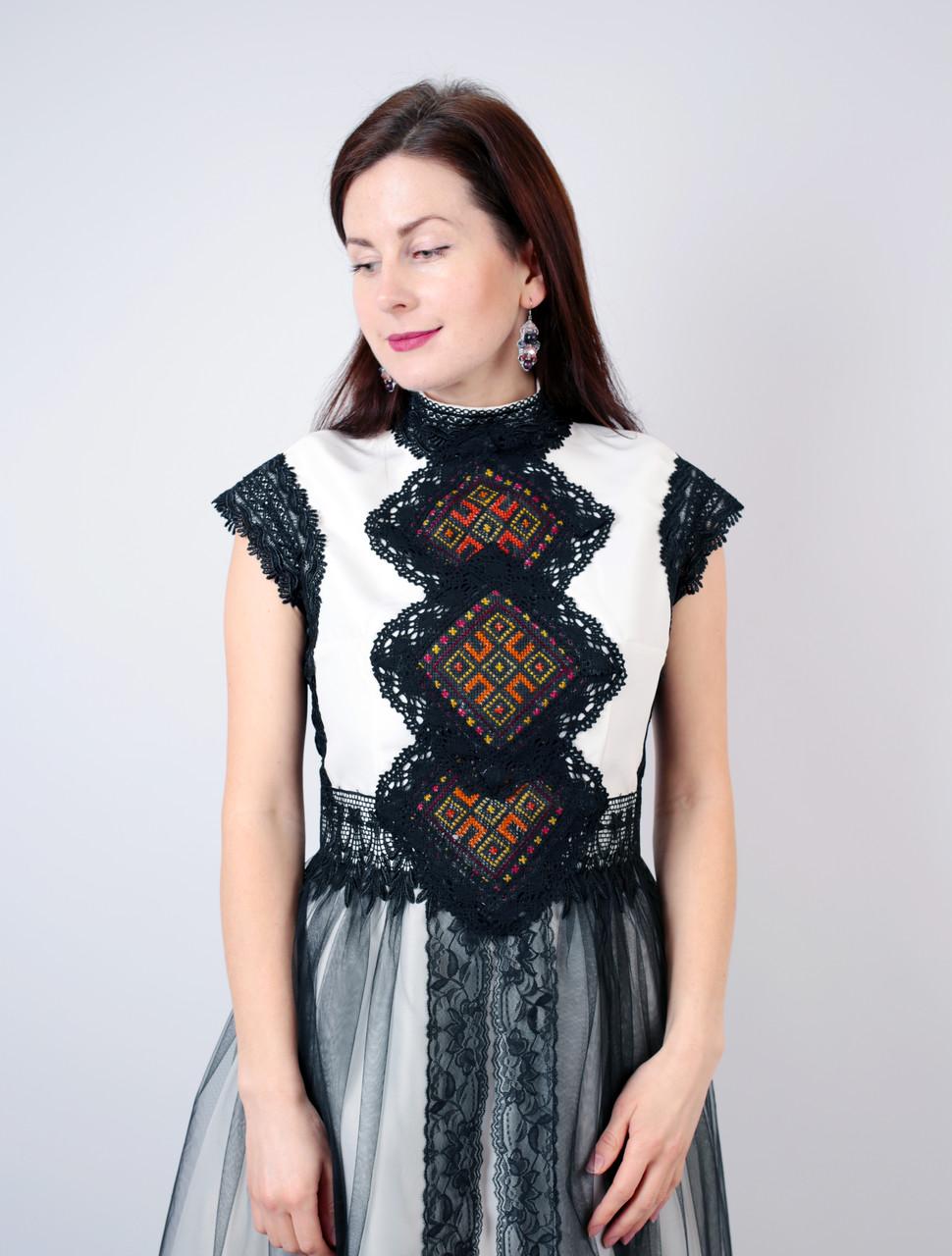 Коротка дизайнерська вишита сукня ручної роботи  продажа 346723b32902a