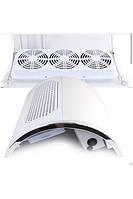 Вытяжка с тремя вентиляторами