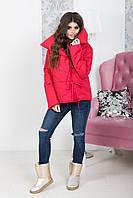 Короткая куртка на синтепоне с высоким воротником и на завязках