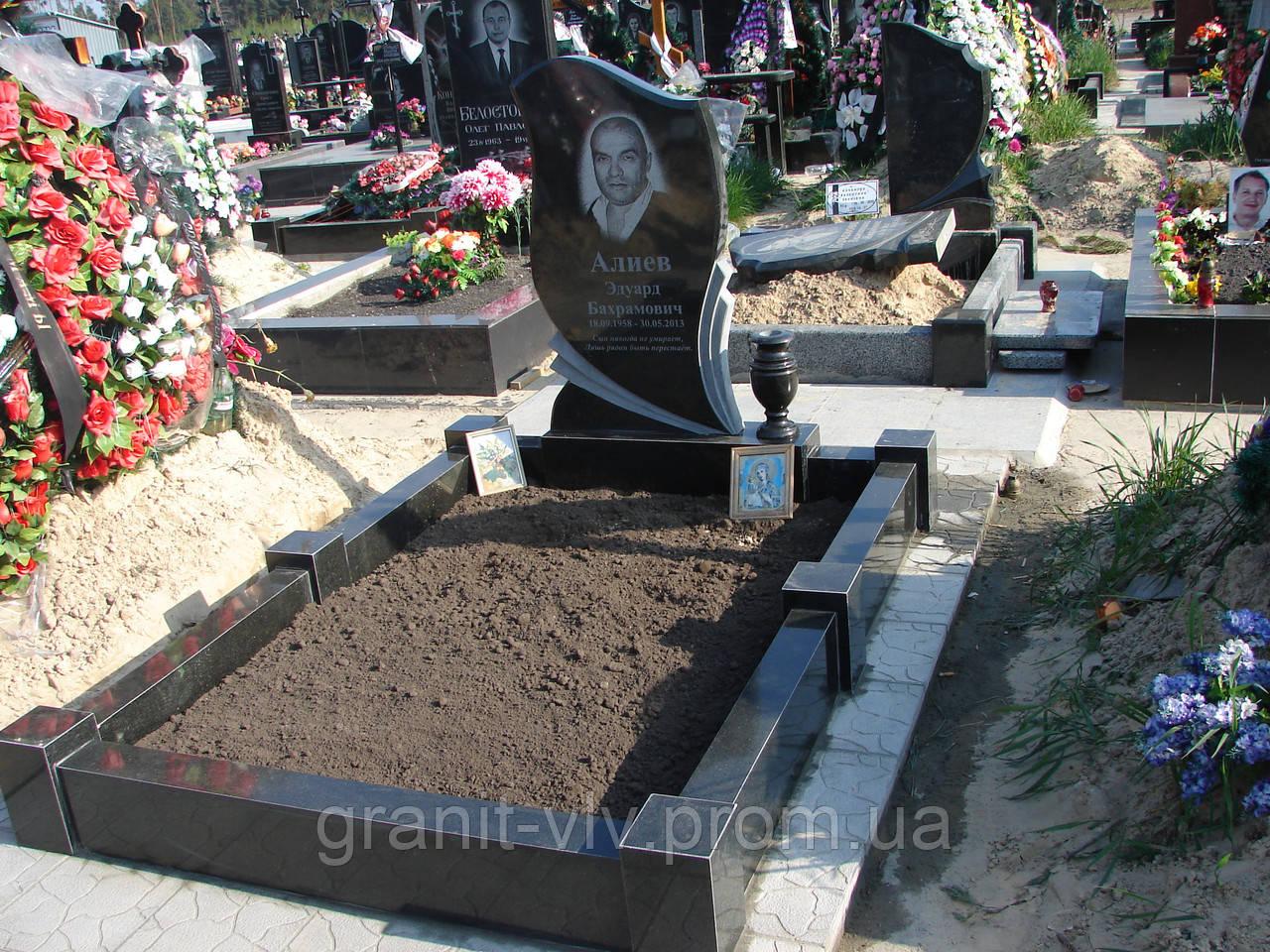 Памятник на могилу цены северное кладбище памятники из гранита в ростове оренбурге