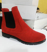 Женские ботинки челси красного цвета