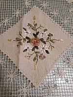 Скатерть вязаная льняная с ленточной вышивкой, 110х140