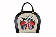 Женская кожаная сумка с вышивкой ROOMY BUTTERFLY от ПЕКОТОФ