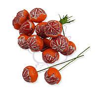 Декоративные ягодки от TM Lana Odis - Мандаринка очищенная, цвет красный, размер ягодки до 25 мм, 1 шт