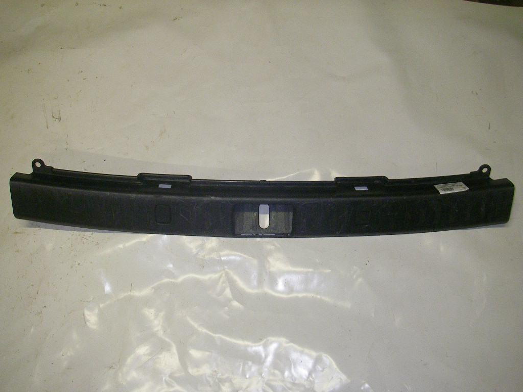 Накладка замка багажника пластик(чёрный) Lexus RX (XU30) 03-08 (Лексус)  58387-48030