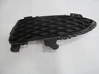 Заглушка ПТФ левая хечбек Mazda 3 BK 03-08 (Мазда 3 БК)  (Оригинальный № BP4K-50C21)