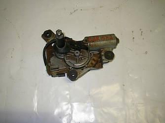 Моторчик стеклоочистителя задний хечбек Mitsubishi Carisma 98-04 (Мицубиси Карисма)  MR361209