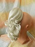 Хвост-шиньон кудрявый на крабе пепельный блонд 6871-60, фото 4