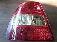 Фонарь задний левый DEPO 212-19D8L-LD-UE на Toyota Corolla E12 седан 2001-2007 год