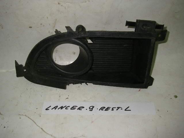 Накладка ПТФ левая рест Mitsubishi Lancer 9 03-09 (Мицубиси Лансер 9)  6407A015