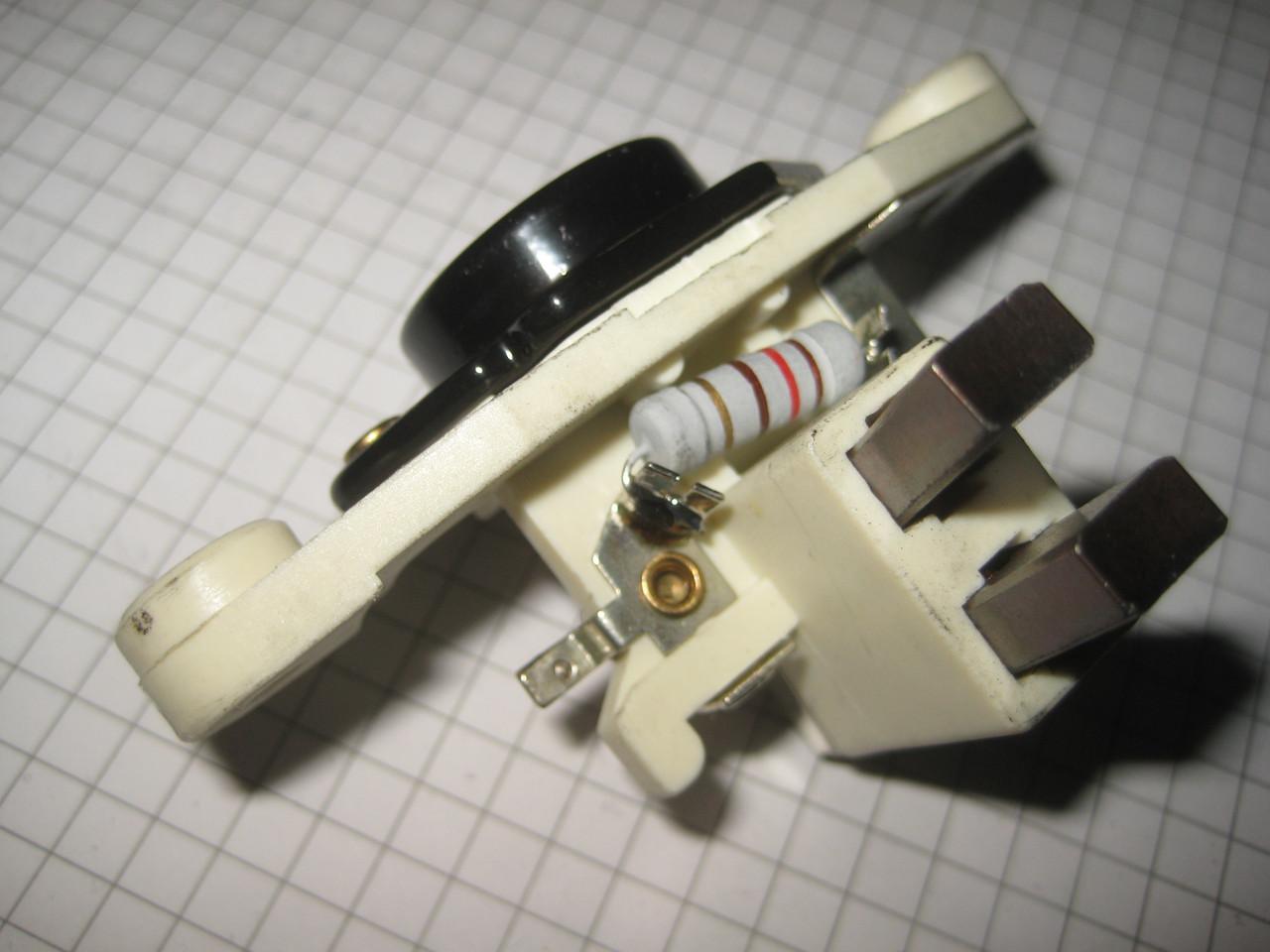 Регулятор напряжения генератора ARE0003 AS