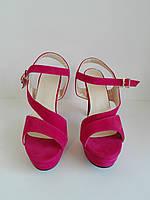 Женские малиновые туфли босоножки на высоком  каблуке 37.5 размер