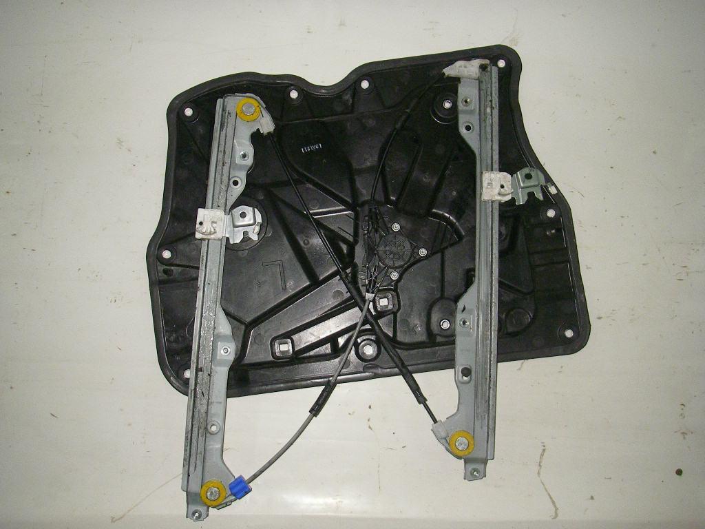 Стеклоподъёмник передний левый электр (без моторчика) Nissan X-Trail (T31) 07-12 (Ниссан Х Трейл)  80721JG000