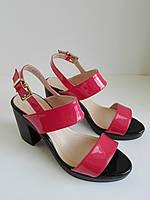 Женские лаковые, красные босоножки, на каблуке 37 размера