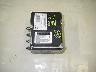 Блок ABS BOSCH под ESP 1.4мех Toyota Auris 06-12 (Тойота Аурис 06-12)  4405002160