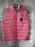 Жилетка для девочки-подростка 6-10 лет розового цвета с капюшоном оптом