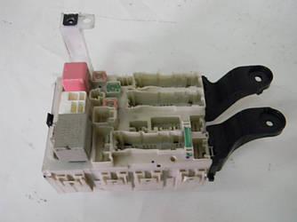 Блок предохранителей сервис Toyota Corolla E15 07-13 (Тойота Королла Е15)  82730-12400