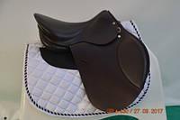 Седло для лошади универсальное 17.5С