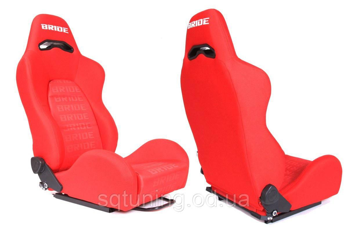 Спортивное сиденье Bride K700 (Красное, Ткань)