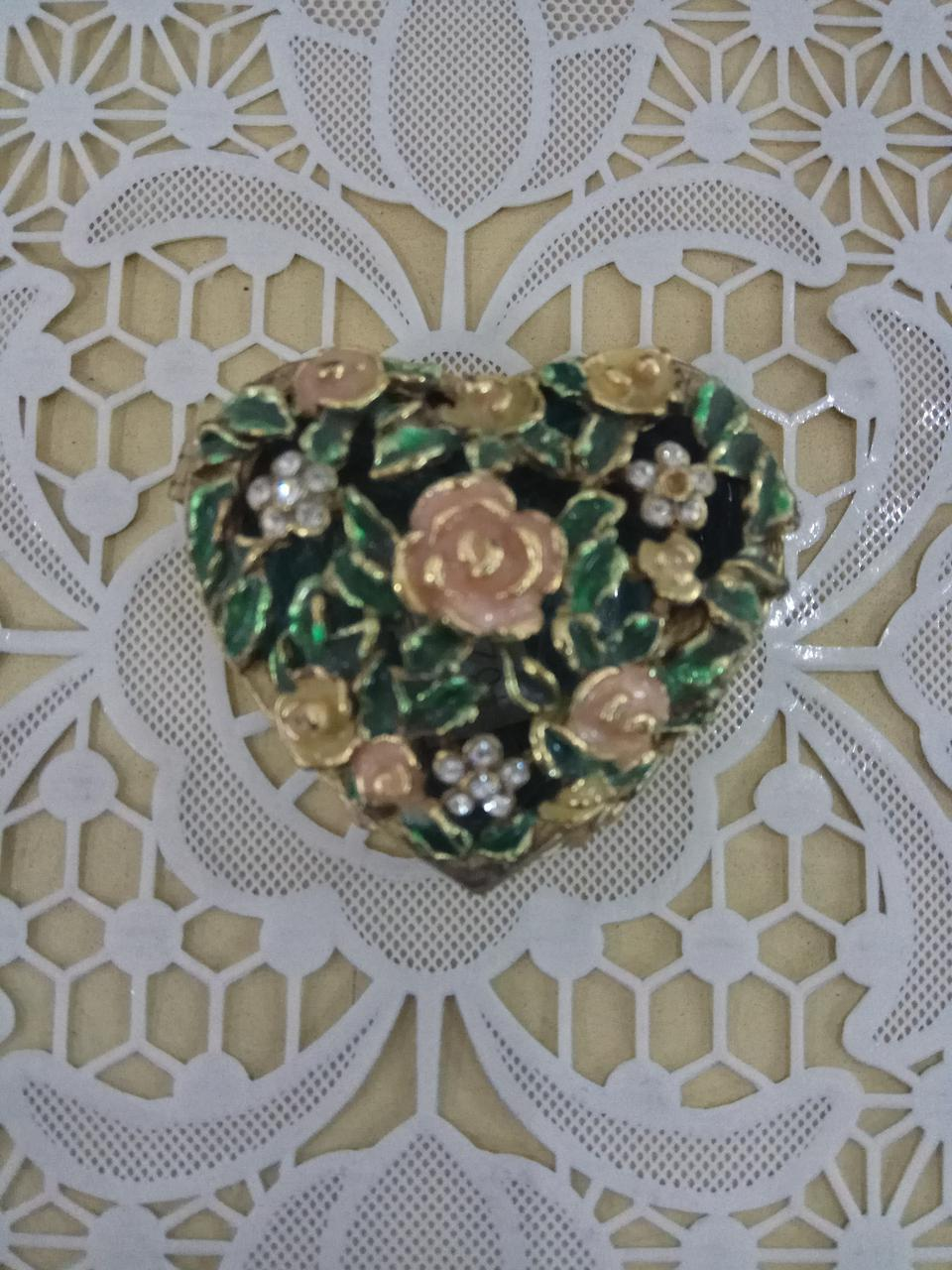 Шкатулка с розочками сердце