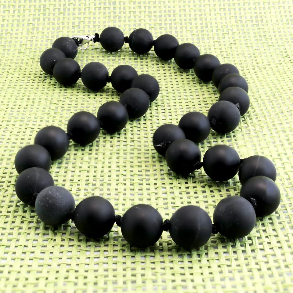 Бяньши черный нефрит, Ø12 мм., бусы, 320БСБ